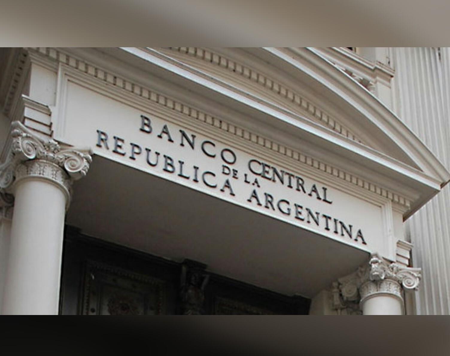 El Central volvió atrás con recientes medidas para la venta de seguros a distancia